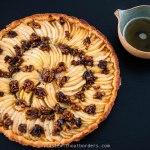 Apfel-Cidre-Kuchen mit karamellisierten Walnüssen