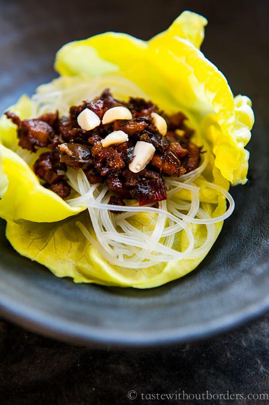 Hähnchen-Wrap im Salatblatt
